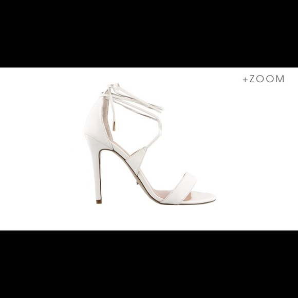 946ed8434c1 Tony Bianco pearl white size 8